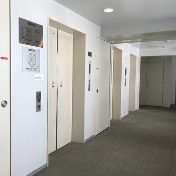 エレベーターが3基もあります※写真は前回募集時のものです