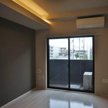 天井の間接照明も良いね♪。※写真は同タイプの別部屋
