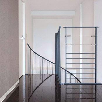 【上階】右側にはベッドを置きたいですね。