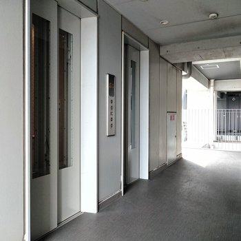 エレベーターは2台あるので、混雑しにくそうです。