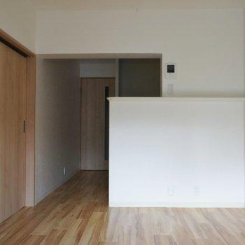 ナチュラルな空間◎※写真は同タイプの別室。