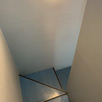 階段は程よいスペース