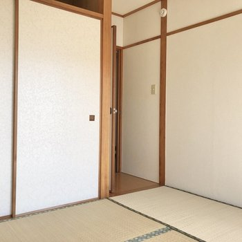 【和室】大きな家具は置けなさそう