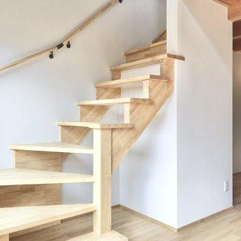 では、いよいよ2階へ。
