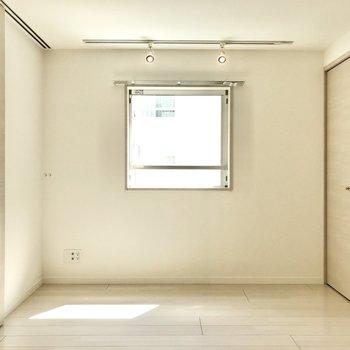 【洋室】セミダブルがちょうど良いかな※写真は前回募集時のものです