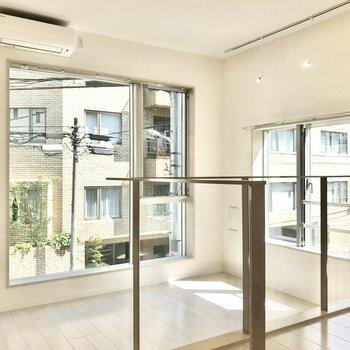 【LDK】大きい窓に高い天井※写真は前回募集時のものです