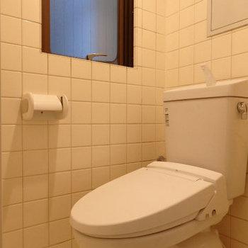 トイレはちょっと懐かしいタイルをそのままに(※写真は前回募集時のものです)