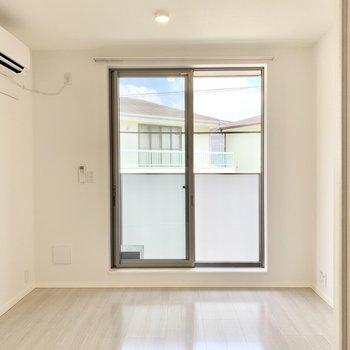 なんだろう、透明感を感じる。※写真は2階の同間取り別部屋のものです