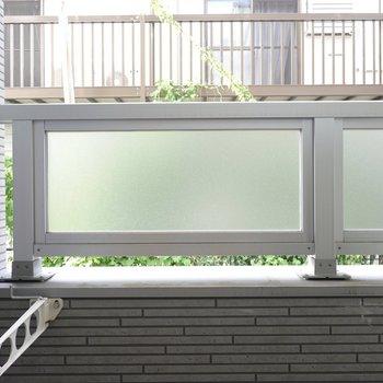 1階のお部屋ですがフェンスが高いので、周りからの視線を感じずに暮らせます。