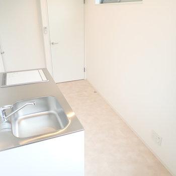 キッチンと、お風呂と洗濯機が2階にあります。