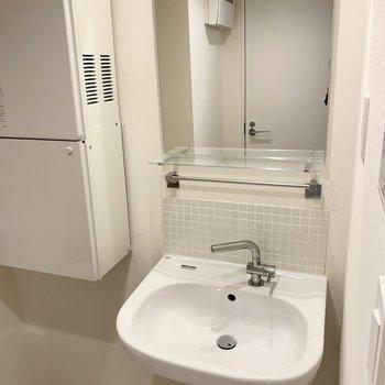 簡潔さが格好いい洗面台。