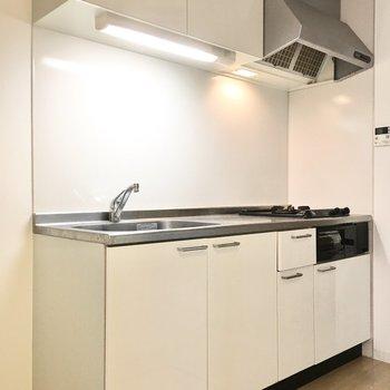 冷蔵庫スペースもちゃんとありますよ。※写真は2階反転間取り・別部屋のものです