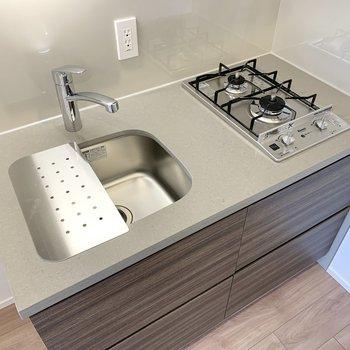 シンクボードがあるので、調理スペースが広がります。