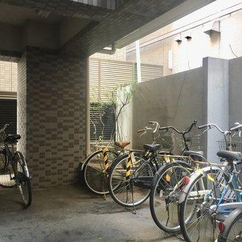 駐輪場もオートロック内にあり、防犯性が高いです!