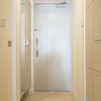 玄関は標準サイズも
