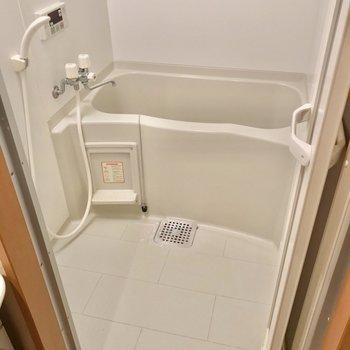 お風呂にはお湯はり機能が付いています。