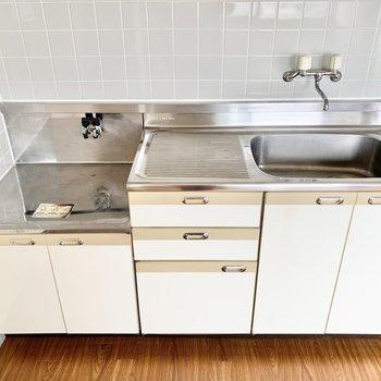 【DK】調理スペースも確保できますね。