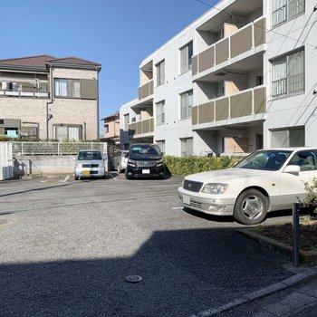 駐車場も完備されています。