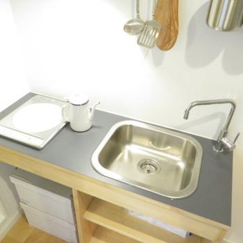 【イメージ】キッチンはシンプルながらも使い勝手がいいんです!※2口タイプになります