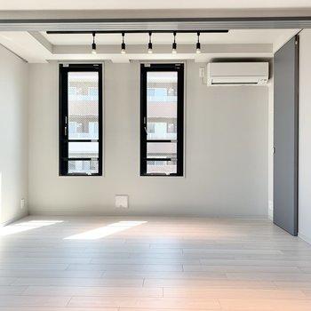 【Bed Room】まずは奥の寝室から見てみましょう。※写真は3階の同間取り別部屋のものです