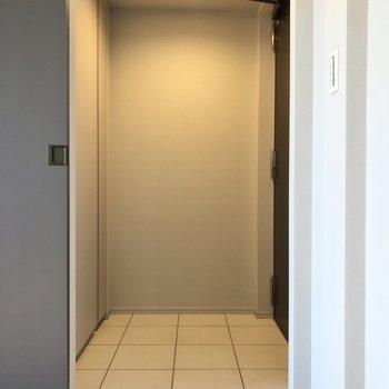 段差のない玄関。