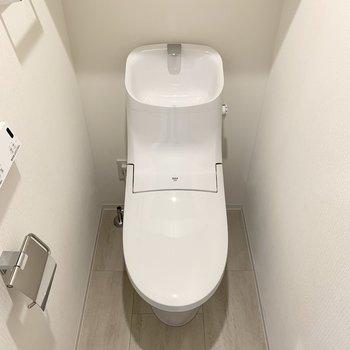 温水洗浄便座付きの個室トイレになります。※写真は前回募集時のものです