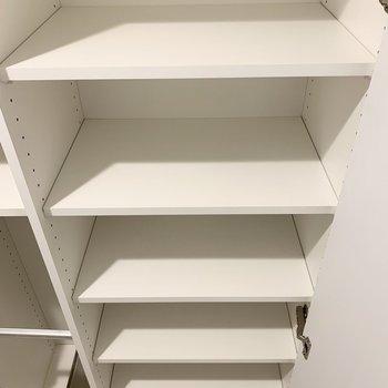 シューズボックス、段数が多くて使い勝手が良さそう。※写真は4階の同間取り別部屋のものです
