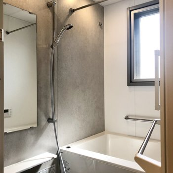 浴室乾燥が付いたお風呂。