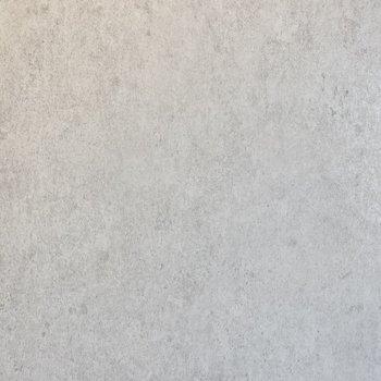 【ディティール】浴室の壁材。コンクリート調が精悍な雰囲気を。