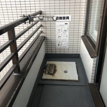 物干し金具もついているのでお洗濯もここで干せます。