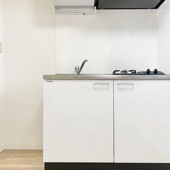 冷蔵庫スペースは狭め。