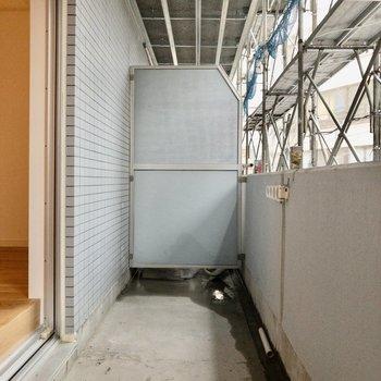 幅があるため洗濯物も干しやすそうです※写真は工事中のものです