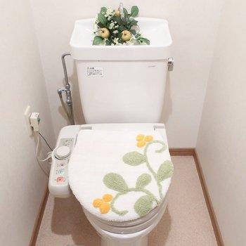 トイレもウォシュレットついてます(※写真は6階同間取り別部屋、モデルルームのものです)