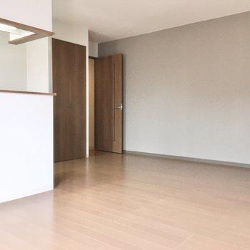 北欧インテリアなんて似合いそうですよ。※写真は3階同間取り・別部屋のものです