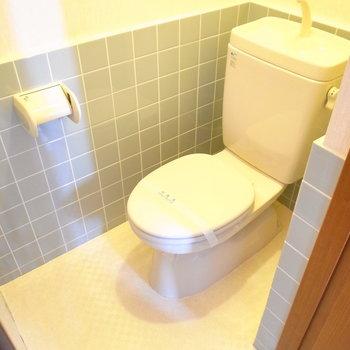 トイレはゆったりめの広さでした。