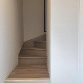 玄関は1階部分※写真は前回募集時のもの