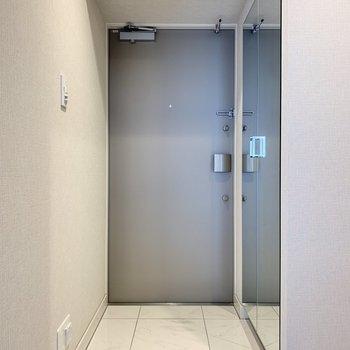 段差の低い玄関です。
