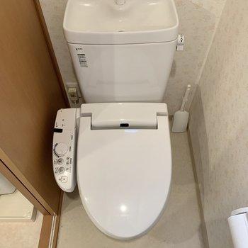 清潔感ある個室トイレです