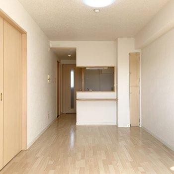 LDKの広さは11.3帖。縦長で家具の配置がしやすそうです。