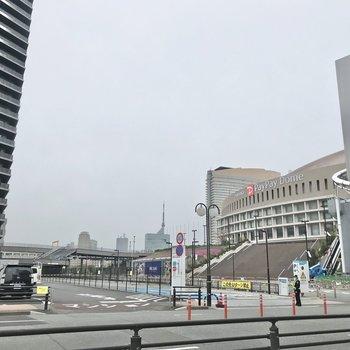 福岡タワーもすぐ。素敵な立地です。