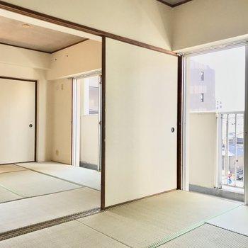畳が綺麗で、ほっとする和室でした