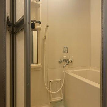 お掃除は定期的にしましょうね。※写真は1階の同間取り別部屋のものです