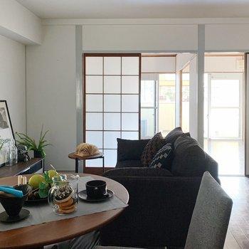 【リビング12帖】テーブルやソファを置いて、のんびり過ごしましょ。(※家具は見本です)