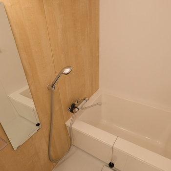 お風呂もこんなに綺麗です!※写真は同間取り別部屋
