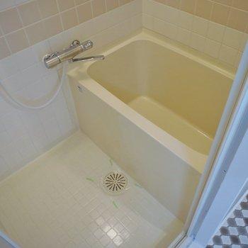 お風呂もシングルレバーに♩。※写真は、同タイプの別部屋のもの