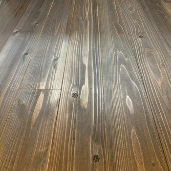 無垢床が広がっています。
