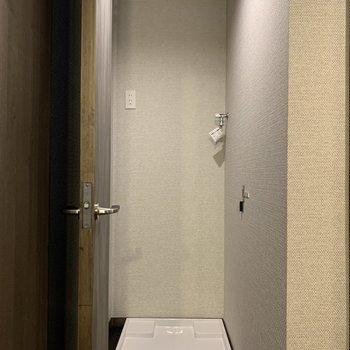 洗濯機置き場が。