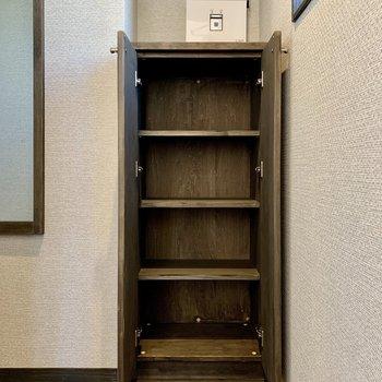 シューズボックス上に鍵置き場が作れますね。