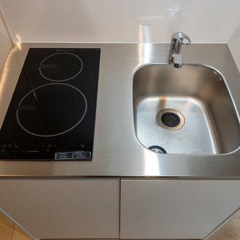 調理スペースがないのでシンクボードがあると便利です。