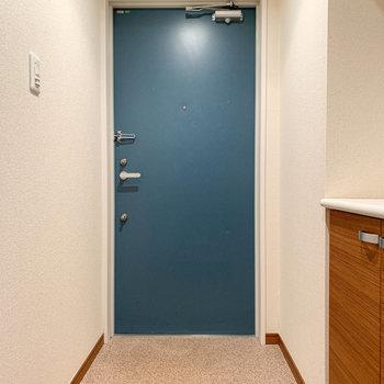 玄関もゆったりめの大きさです。